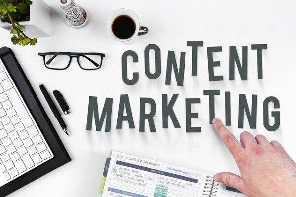ECにおけるコンテンツマーケの役割とは?3つの事例と実装方法を紹介!