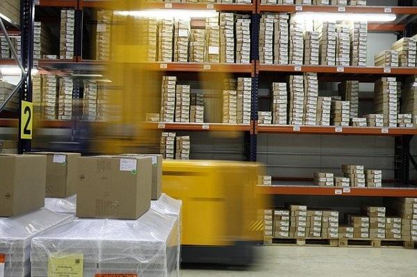 WMS(倉庫管理システム)とは?選び方や業種別におすすめのシステムを紹介