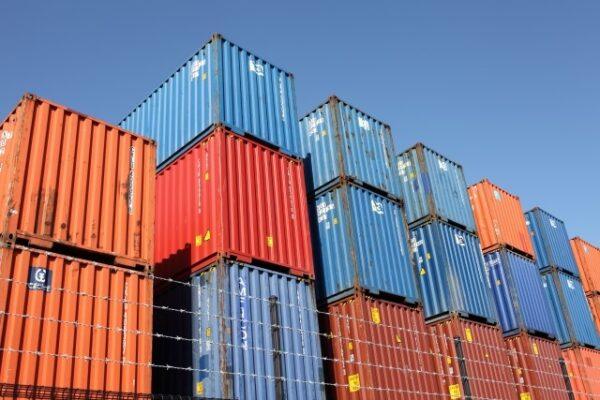 空コンテナ不足・輸送費高騰による物流問題と物販業界への影響